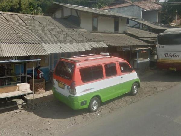 Angkot 13 di Nalegong (foto: Google)