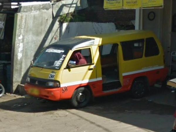 Angkot 58 Sumedang - Cimanglid (foto: Google Street View)