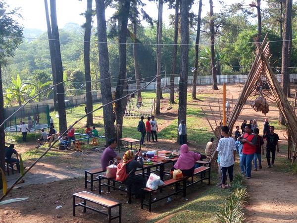 Area puncak bukit Tampomas Green Park