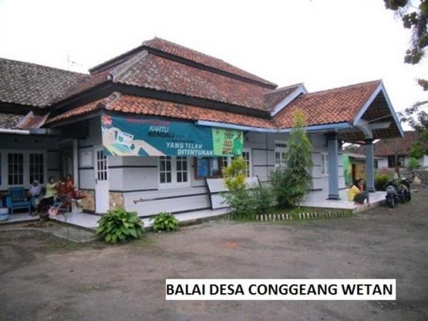 Balai Desa Conggeang Wetan (foto oleh KKNM Unpad 2011)