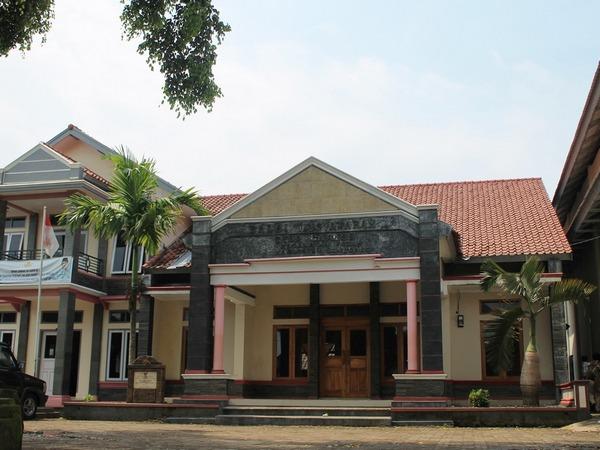Balai Desa Cijambe (foto: KKNM Unpad Cijambe)