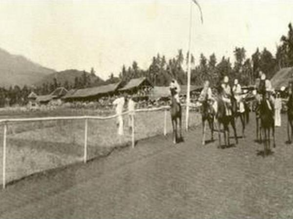 Balap kuda di Pangaduan Heubeul (foto dari internet)
