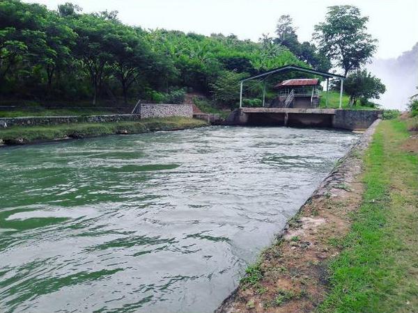 Kolam reservoir Bendungan Eretan (foto: instragram @desakadujaya)
