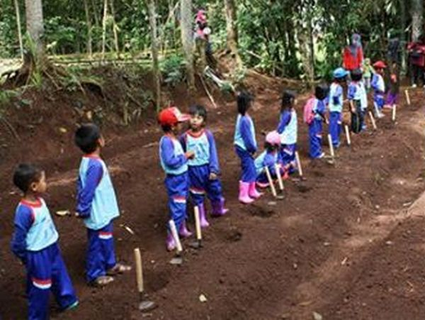 Ecological Education Trip bagi anak-anak