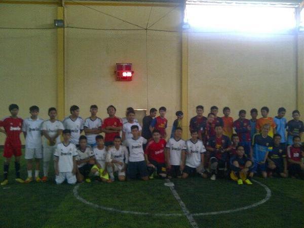 Kegiatan futsal bareng FCBI Regional Sumedang