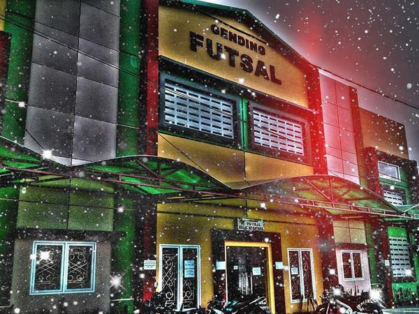 Bangunan gedung Gending Futsal