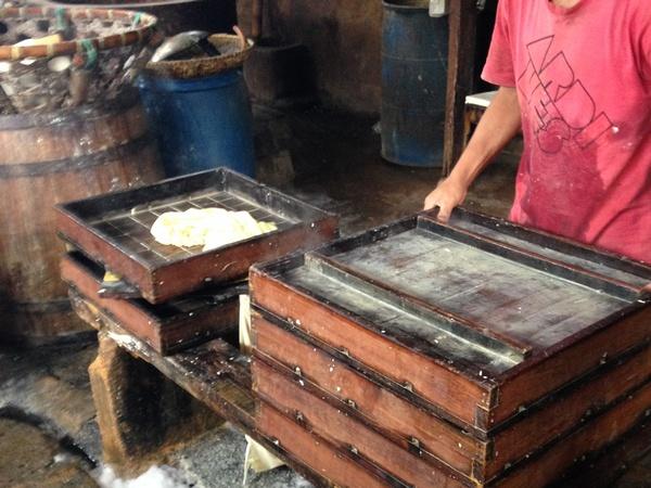 Industri pembuatan tahu di Desa Situmekar (foto: KKNM Unpad)