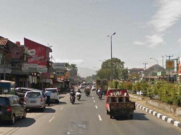 Akses jalan raya (foto: Google Street View)