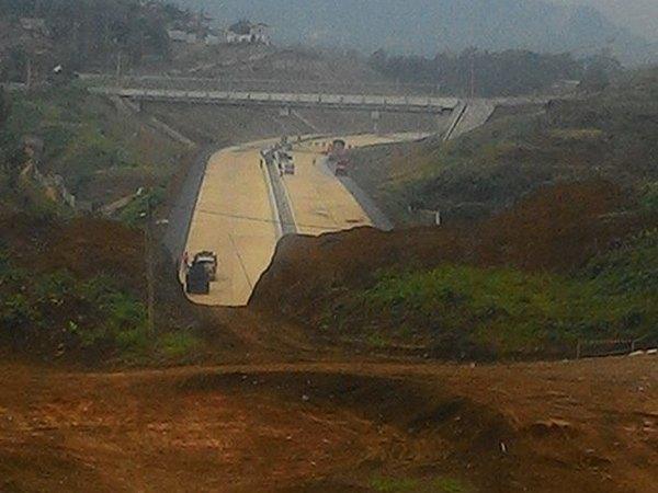 Jalan tol Cisumdawu (foto: facebook John Putra Nabara)