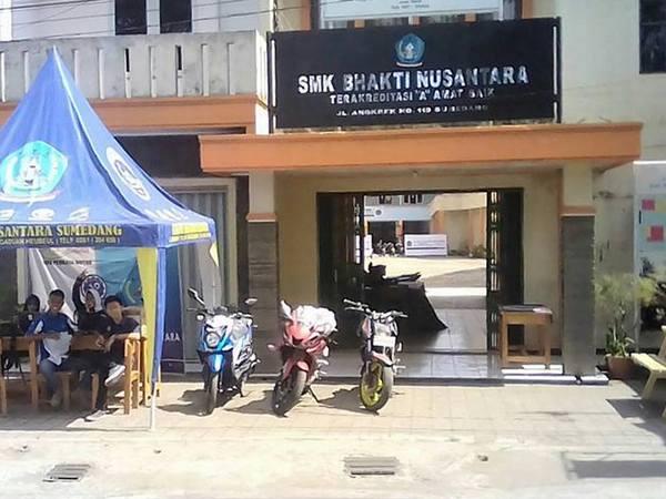 Kampus SMK Bhakti Nusantara Sumedang