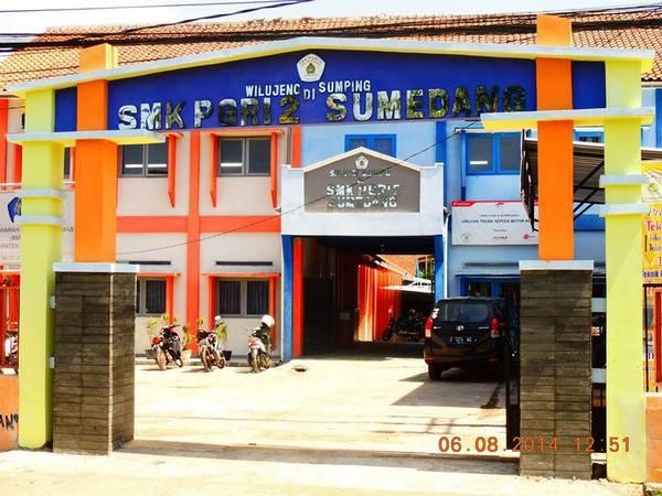 Gerbang kampus SMK PGRI 2 Sumedang