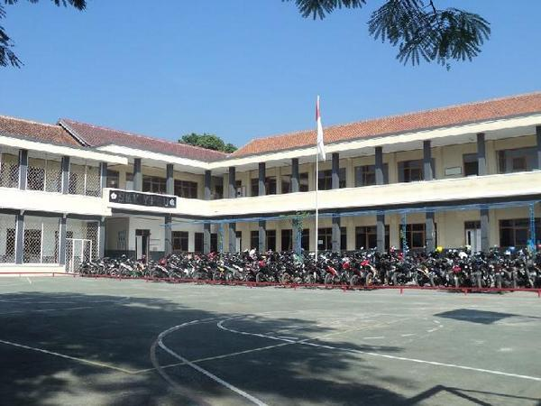 Kampus sekolah SMK YPGU Sumedang