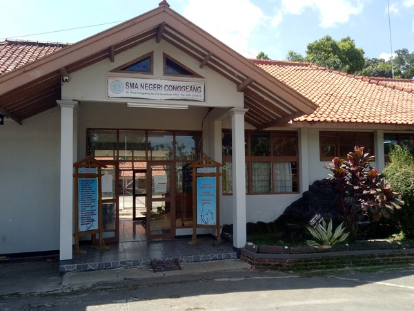 SMA Negeri Conggeang (foto: g+ adi brata)