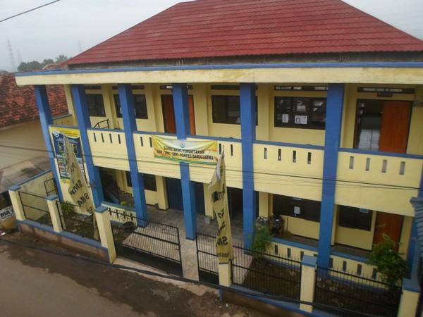 Gedung sekolah SMK Darul Fatwa