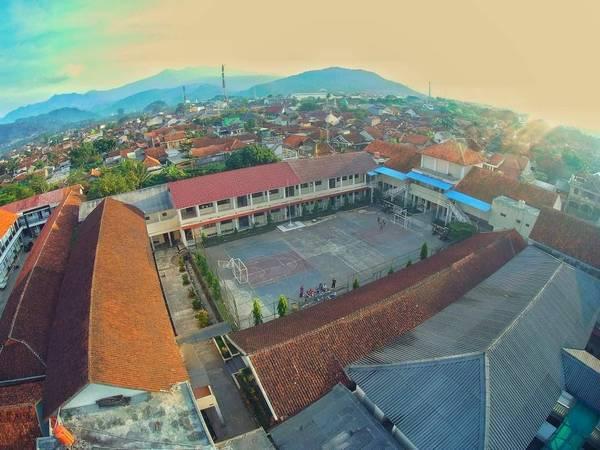 SMA Negeri 3 Sumedang (foto: ig @akbarmaulana0913)