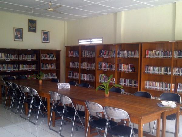 Ruangan perpustakaan