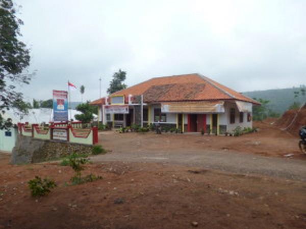 Kantor Desa Ganjaresik (foto: KKNM Unpad Ganjaresik)