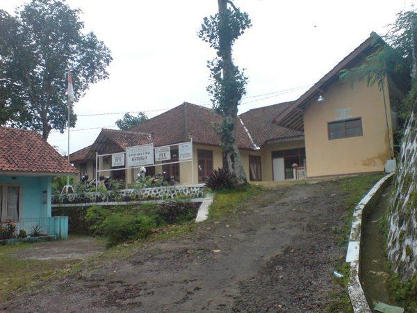 Kantor Desa Kertaharja (foto: KKNM Unpad)