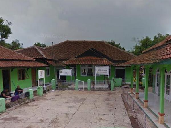 Kantor Desa Leuwihideung (foto: Google Street View)