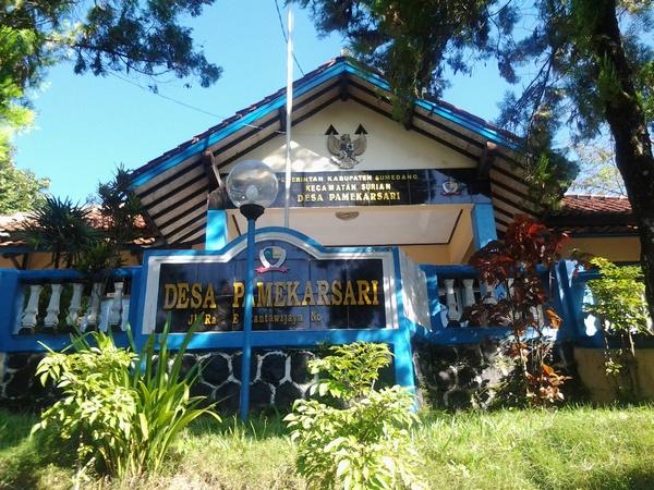 Kantor Desa Pamekarsari (foto: ist)