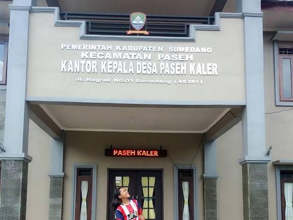 Kantor Desa Paseh Kaler (foto: facebook Dina)