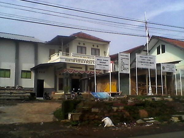 Kantor Desa Tarikolot (foto: facebook Desa Tarikolot)