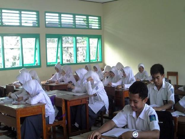 Kegiatan belajar mengajar di MAN 1 Sumedang (foto oleh Website Resmi MAN 1 Sumedang)