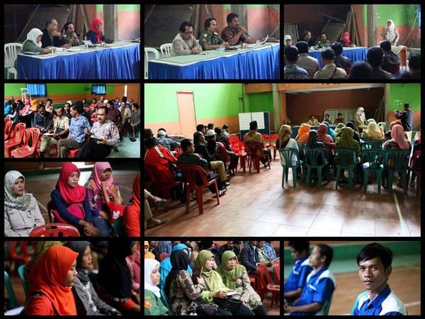 Kegiatan di Balai Desa Gunasari (foto: facebook Gunasari)