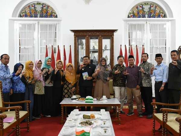 Kegiatan di Gedung Negara (foto: ig @humas_sumedang)