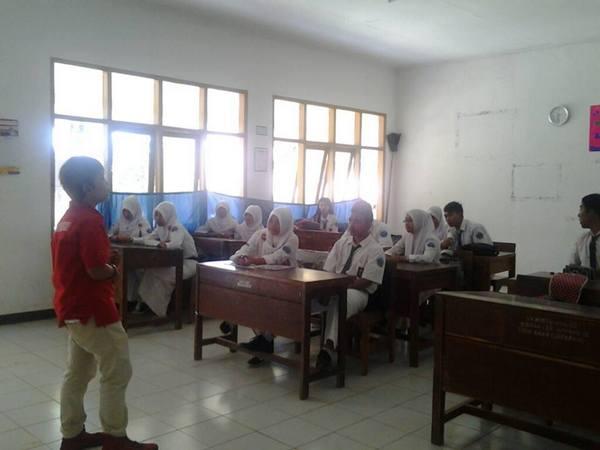 Suasana di kelas (foto: facebook Tsc Sumedang)