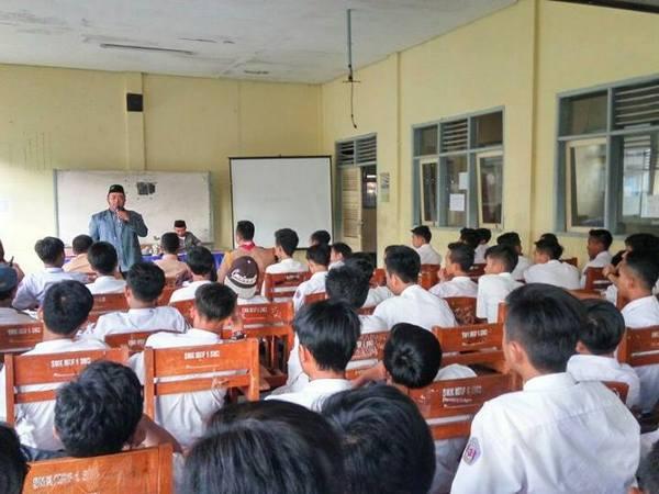 Kegiatan kelas SMK Ma