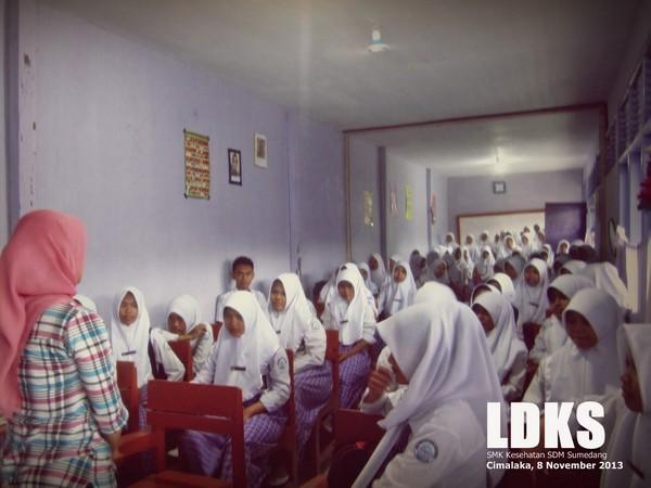 Kegiatan LDKS di SMK Kesehatan SDM