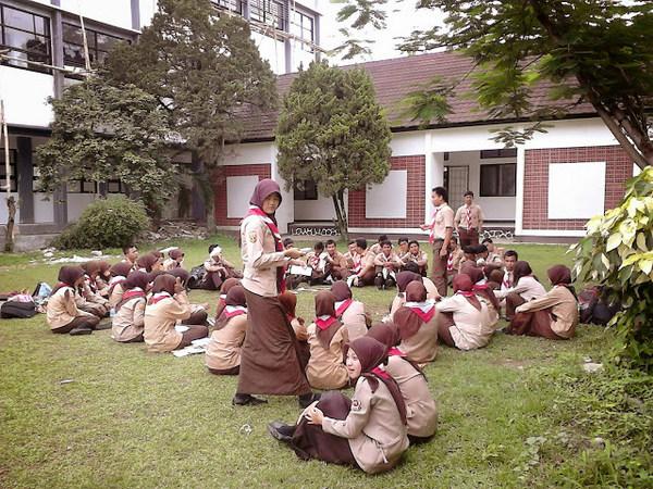 Salah satu kegiatan mahasiswa (foto:  semangattulis.blogspot.com)