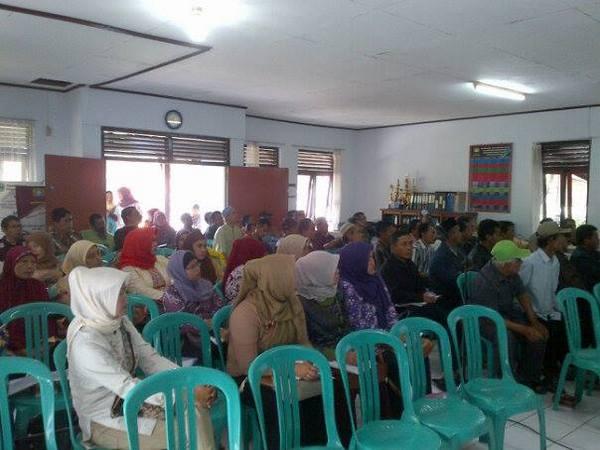 Kegiatan Musrenbang Kelurahan Cipameungpeuk (foto: facebook Kelurahan Cipameungpeuk)