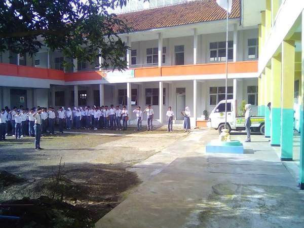 Kegiatan siswa SMK Muhammadiyah 2 Sumedang