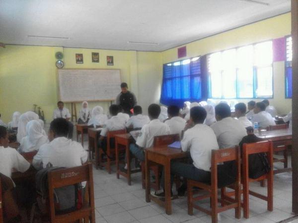 Kegiatan kelas SMK Negeri 1 Buahdua