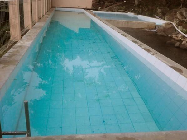 Kolam renang untuk dewasa (foto oleh Objek Wisata Mata Air Cipulus)