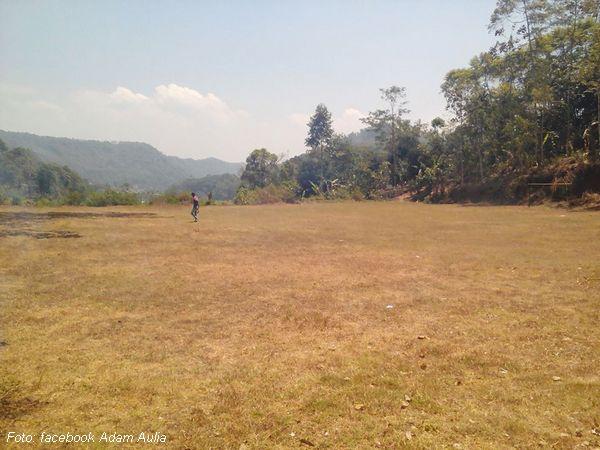 Lapang sepakbola Sagaramanik
