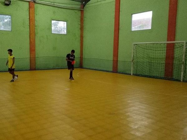 Lapangan futsal Mekarsari (foto: facebook Hafiz Batara?)