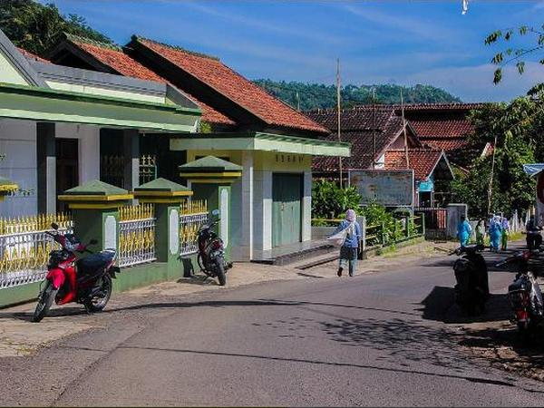 Lingkungan Desa Cipancar (foto: instagram dickynrhkk)
