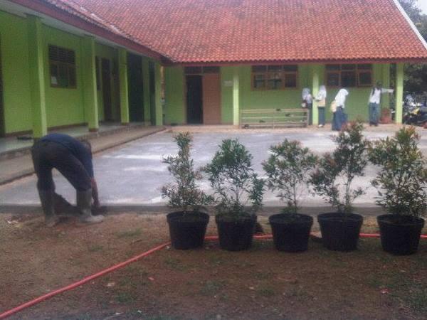 Lokal sekolah MA Plus Al-Munir (foto facebook)