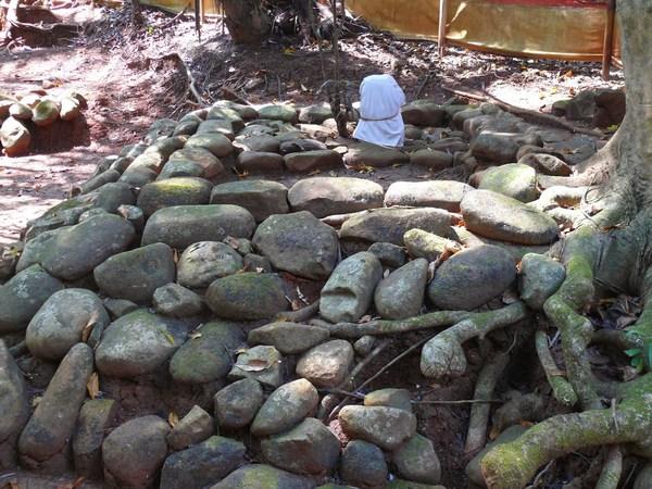 Makam Embah Jalul (foto: Bujangga Manik)