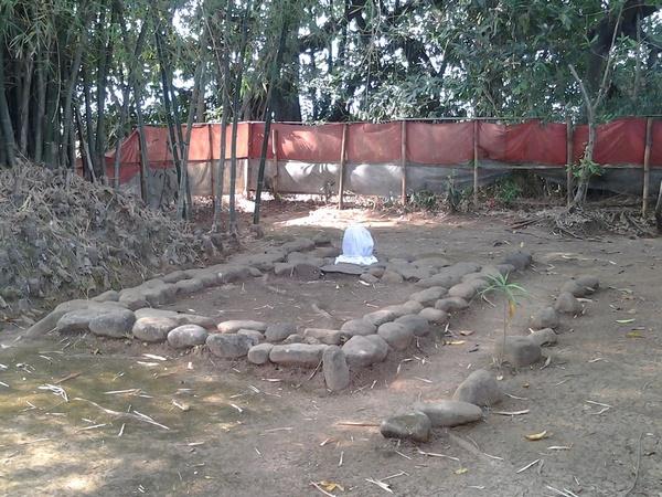 Makam Nyi Mas Nawang Wulan