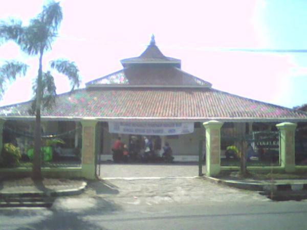 Masjid Agung Tegalkalong (sumber:wikimapia)