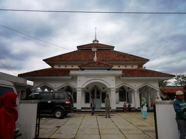 Masjid Ibadurrahman Desa Ranjeng (foto oleh KKNM Unpad 2014)