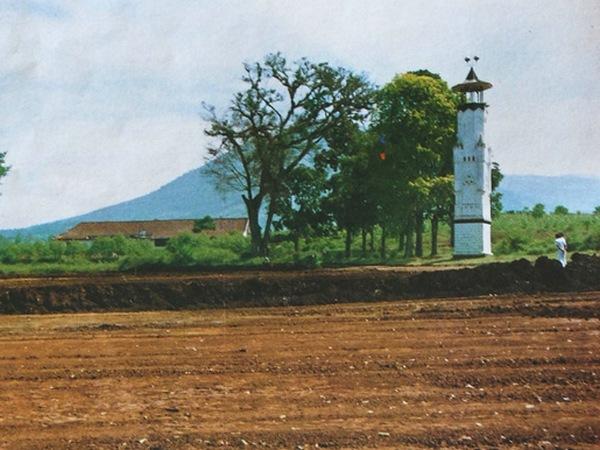 Kawasan sekitar Menara Loji sebelum pembangunan kampus Unwim (Jatinangor Pisan)