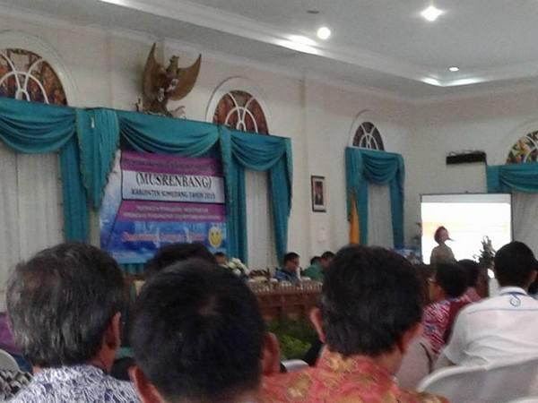 Salah satu kegiatan yang dilaksanakan oleh Bappeda: Musrenbang