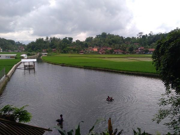 Panorama alam mata air Cikandung (foto: g+ adicky tea)