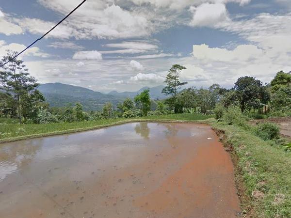 Panorama alam Desa Cikahuripan (foto: Google Street View)