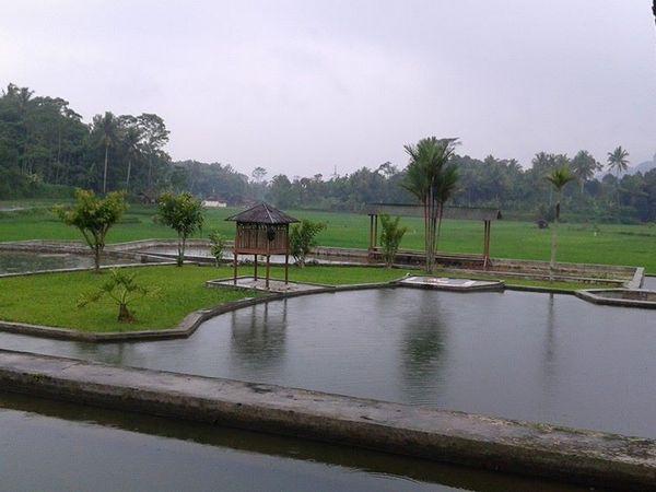 Panorama alam Desa Galudra (foto: facebook Annisa Handy Craft Sumedang)